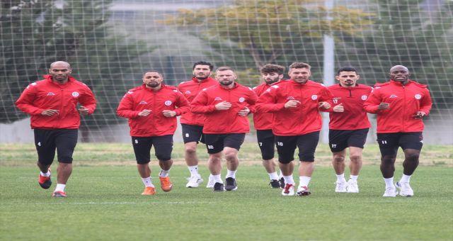 Antalyaspor,Fenerbahçe Maçında Rekor Kırma Peşinde