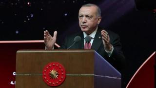 Cumhurbaşkanı Erdoğan: Fikir Adamlarımız Bize Öncülük Ediyor