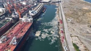 Marmara'da İki Günde 392 Metreküp Musilaj Temizlendi